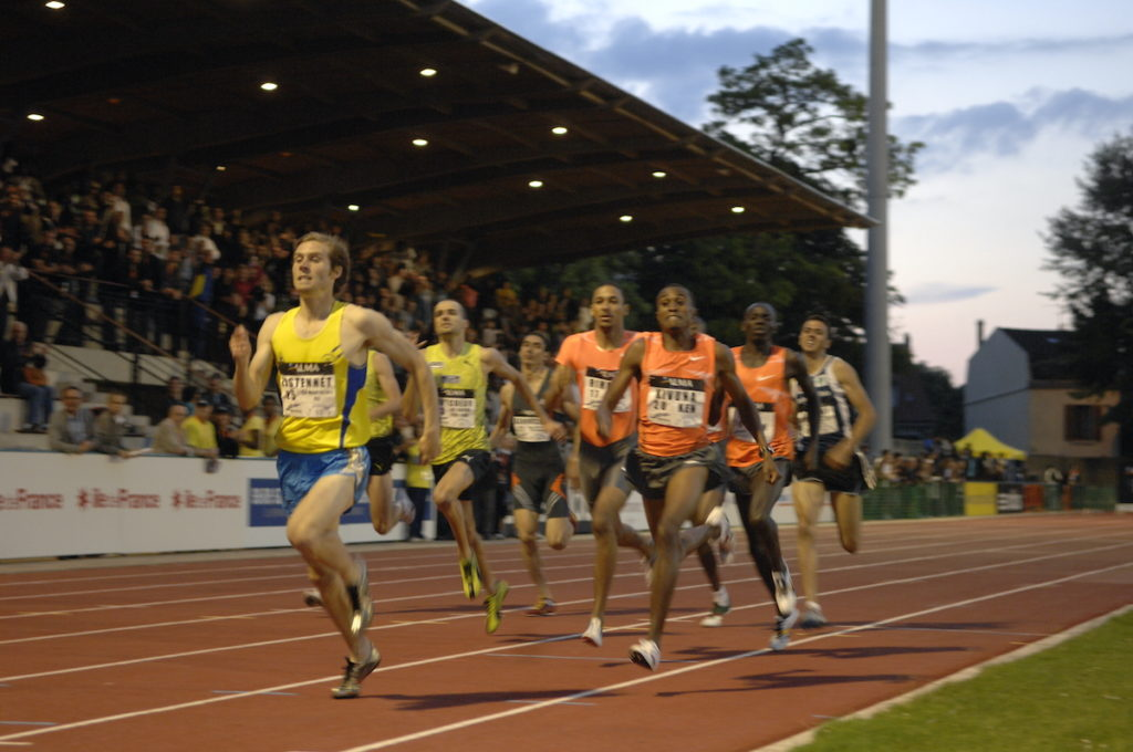 Jeff Lastennet remporte le 800 mètres